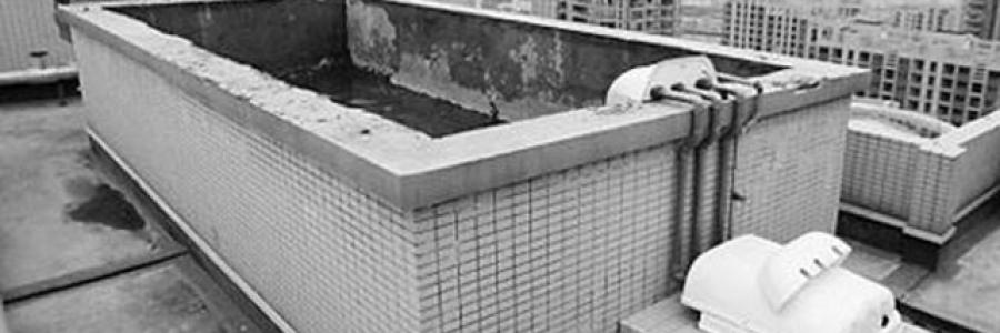 人民日报:自来水二次供水乱象调查,水箱腐蚀率100%,咱喝水得有数!