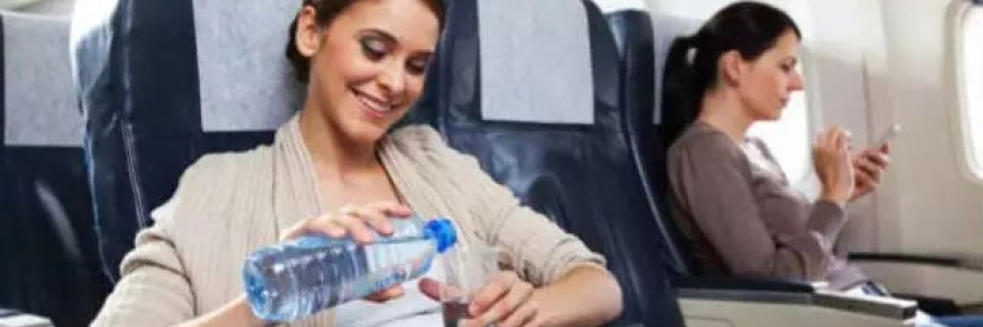 空姐为什么不喝飞机上的水?了解真相后,整个人都不好了~